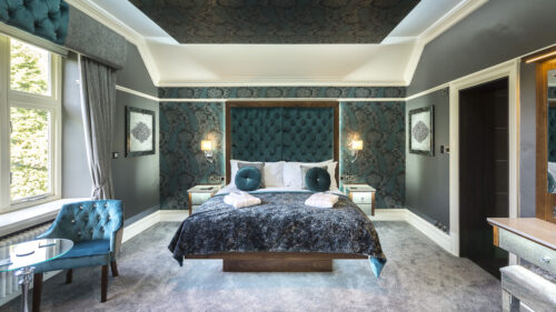 A luxurious bedroom in our boutique self catering at bon vivant