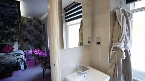 Cranleigh-Boutique-Luxury-Room-5-Web Versionv02- (4 of 9)