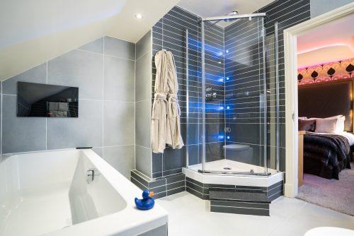 Cranleigh-Boutique-Luxury-Room-6-Web Versionv02- (15 of 29)