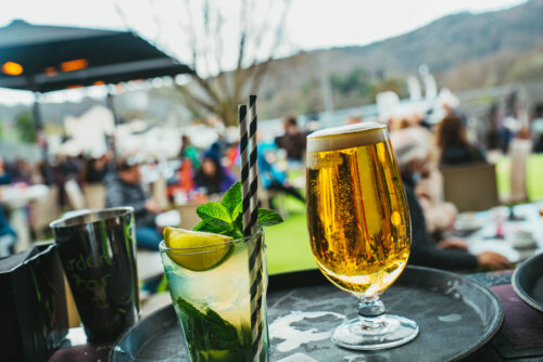 LAKE DISTRICT OUTDOOR DINING - DRINKS ON THE BAR