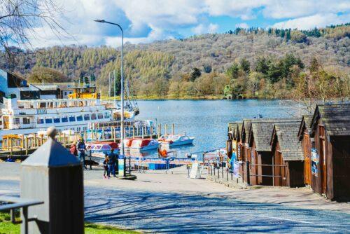 Lake View Garden Bar - Outdoor dining in the Lake District - Lake views with lake cruises